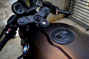 BMW R NINE T MARROM - 13