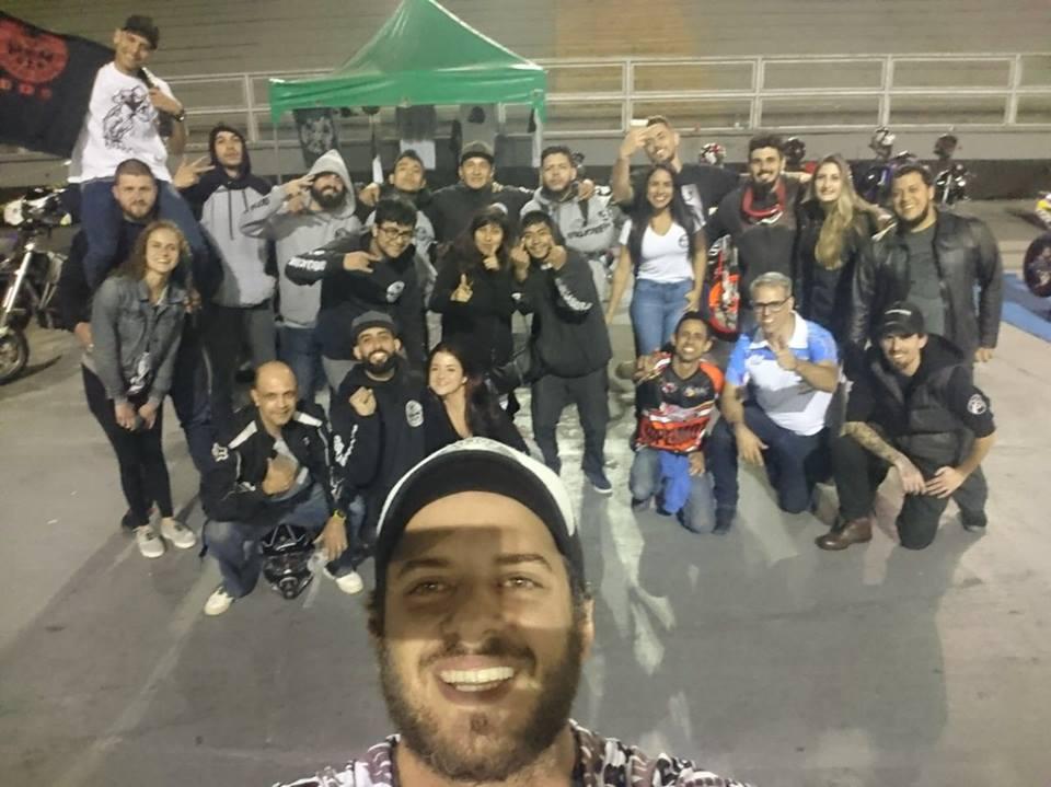 Sujos Braap Club e Boca Racing no Espaço Motociclismo