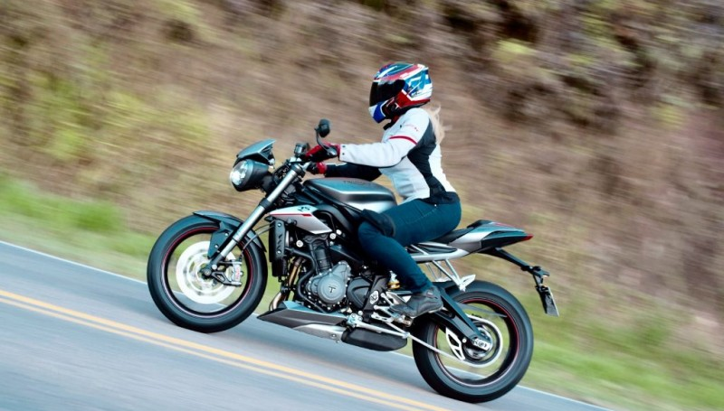 Test Ride Triumph Street Triple 765 RS, leve e agressiva